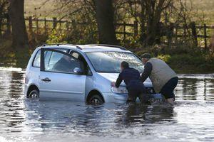 Πλημμύρες πλήττουν τη βόρεια Αγγλία