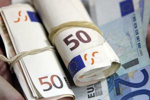 Έλλειμμα 17,9 δισ. για το εμπορικό ισοζύγιο της Ελλάδας κατά στο ενδεκάμηνο