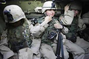 Στρατευμένες γυναίκες μηνύουν τις αρχές για διακρίσεις