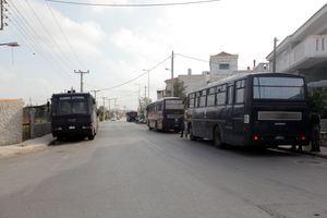 «Έμεινε» λεωφορείο της ΕΛ.ΑΣ στο Αγρίνιο