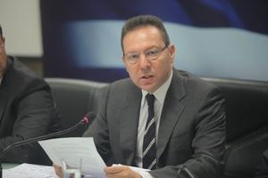 Επίθεση των εφοριακών στον Γ. Στουρνάρα για τα έσοδα