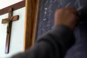 Εκπαιδευτικοί χάνουν ένα έτος ασφάλισης για λίγες ημέρες