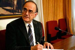 Θέμα ασυμβίβαστου για δικαστές-εισαγγελείς που δικηγορούν έθεσε ο Γ. Σούρλας