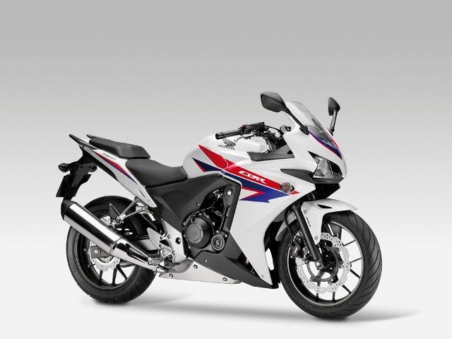 Γυμνά μοντέλα μοτοσικλετών