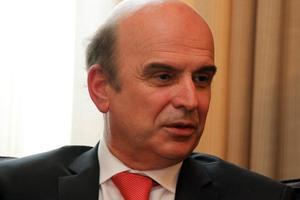 Εξηγήσεις από τον αλβανό υπουργό Εξωτερικών
