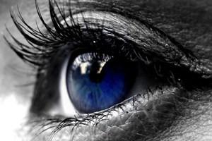 Γιατί ανοιγοκλείνουμε τα μάτια μας;