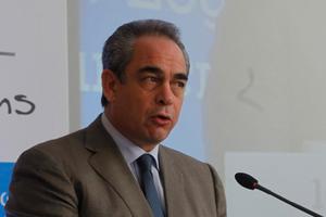 «Να ανοίξει εκ νέου η συζήτηση για το ευρωομόλογο»