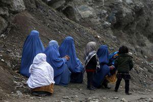 Δέκα νεκρά κορίτσια από έκρηξη νάρκης