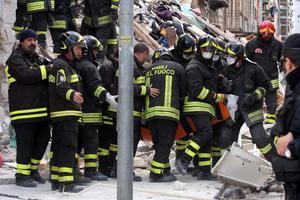 Σε κακοτεχνίες οφείλεται η κατάρρευση κτιρίων στο Παλέρμο