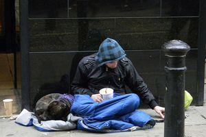 Πρόγραμμα στήριξης 800 αστέγων