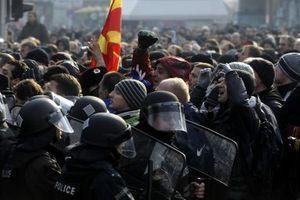 «Οι συγκρούσεις στην ΠΓΔΜ απειλούν και τη Βοσνία»