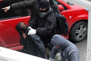 Προφυλακιστέος ένας από τους αστυνομικούς