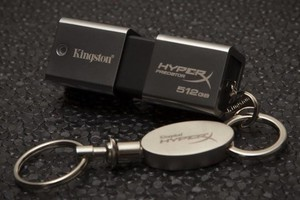 Νέο USB με αποθηκευτικό χώρο ενός terabyte