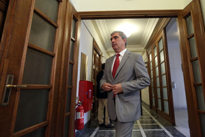 «Αποκλειστική πολιτική του ΣΥΡΙΖΑ η υποστήριξη κάθε εκτροπής και παρανομίας»