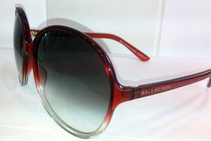 584a85ecdf Επώνυμα γυαλιά ηλίου στις καλύτερες τιμές της αγοράς – Newsbeast