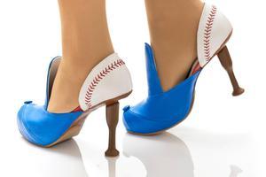 Η «μικρογραφία» του μπέιζμπολ πάνω σε ένα παπούτσι