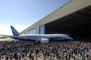 Παλιό το πρόβλημα με τις μπαταρίες στα Boeing 787