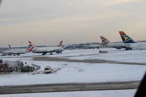 Προβλήματα στις πτήσεις εξαιτίας του χιονιού