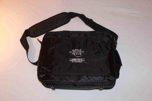 Η τσάντα του Παγκόσμιου Οικονομικού Φόρουμ