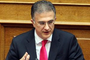Μαυραγάνης: Καταργείται το 2016 το φορολογικό πιστοποιητικό
