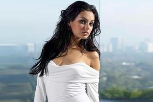 Η Mila Kunis θαυμάζει την Μαρία Κάλλας
