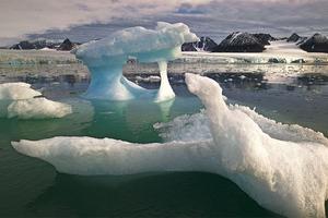 Τα «γλυπτά» της Αρκτικής