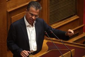 Ο Ντινόπουλος «ξανακαρφώνει» Κυριάκο Μητσοτάκη