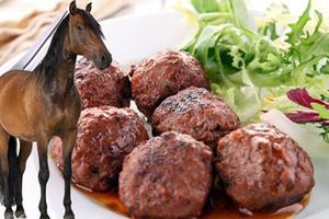 Κρέας αλόγου που πωλούνταν ως βοδινό βρέθηκε στην ολλανδική αγορά