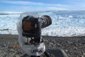 Αποκόλληση γιγάντιου παγόβουνου στη Γροιλανδία