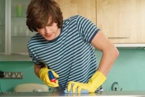 Οι δουλειές του σπιτιού ευνοούν τη σωματική και ψυχική υγεία