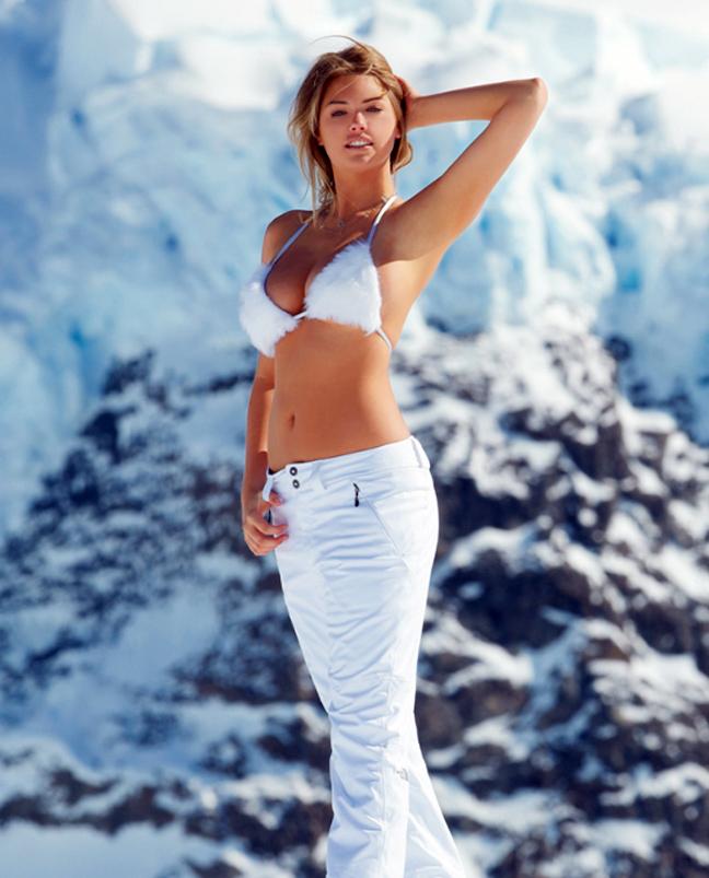 kate-snow-in-a-bikini-nude-regular-woman