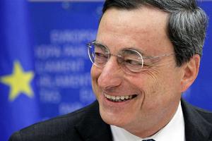 Ντραγκι: Η παραμονή της Ελλάδας στο δρόμο των μεταρρυθμίσεων είναι κλειδί