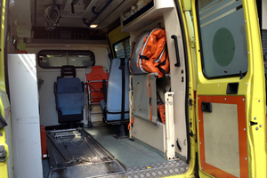 Γερμανικός εθελοντικός σύλλογος δώρισε στη Μυτιλήνη ένα ασθενοφόρο