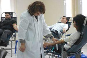 Ανησυχία της ΕΙΝΑΠ για τα προβλήματα στα κέντρα αιμοδοσίας του ΕΣΥ