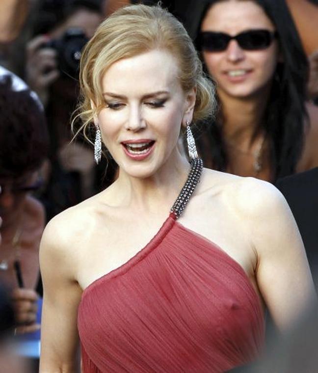Kourtney Kardashian Nicole Kidman d00bf3cff8b