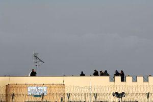 Πυροβολισμοί στις φυλακές Τρικάλων
