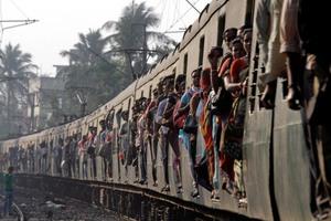 Αιματοβαμμένο τραίνο της οργής στην Ινδία
