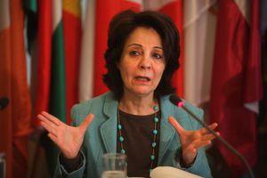 Δαμανάκη: Θα ήθελα να παραμείνω Επίτροπος