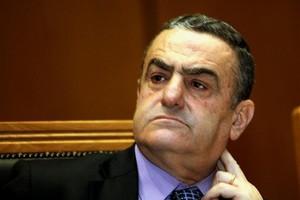 «Επανεξετάζεται το όλο νομοθετικό πλαίσιο χορήγησης αδειών σε κατάδικους»