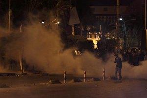 Συγκρούσεις μεταξύ διαδηλωτών και αστυνομίας στο Κάιρο