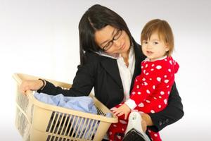 Εμπόδιο στην καριέρα η απόκτηση ενός παιδιού