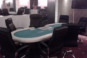 Μίνι καζίνο εντοπίστηκε στο Περιστέρι