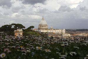 Δεκαετίες σκανδάλων στην τράπεζα του Βατικανού