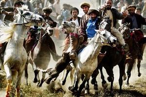 Καμικάζι χτύπησε σε αγώνα «μπούζκασι» στο Αφγανιστάν