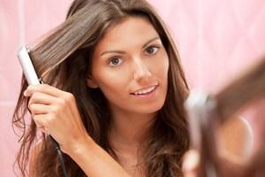 Πώς θα αντιμετωπίσετε την ψαλίδα στα μαλλιά