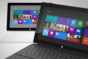Τα tablets της Microsoft πλησιάζουν απειλητικά τα iPad