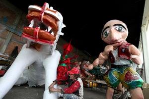 Όλα έτοιμα για το καρναβάλι του Τυρνάβου