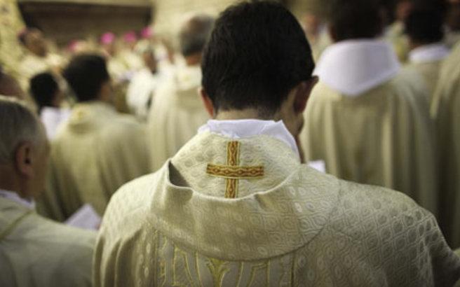 Η Καθολική Εκκλησία στο Ιλινόι «κόβει» τη μετάληψη σε αιρετούς που ψήφισαν υπέρ των αμβλώσεων