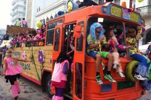 Στο στόχαστρο της τρόικας και το πατρινό καρναβάλι