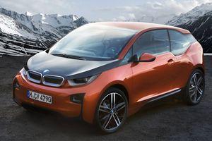 Μεγαλώνει η γκάμα της BMW